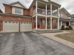 151 Birkshire Dr' Aurora' Ontario L4G7R7 <br>MLS® Number: N4415100<br>For Sale: $1'199'000<br>Bedrooms: 4