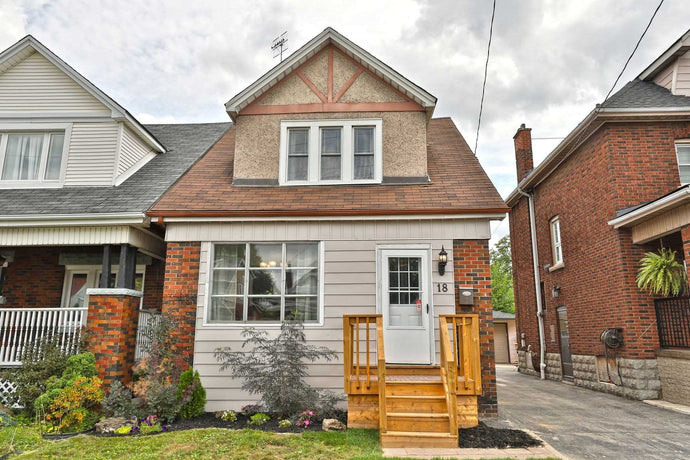 18 Tragina Ave N' Hamilton' Ontario L8H 5C5 <br>MLS® Number: X4565230<br>For Sale: $399'900<br>Bedrooms: 3