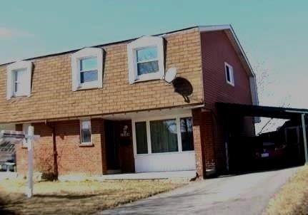1259 Fenelon Cres&sbquo; Oshawa&sbquo; Ontario L1J6G2 <br>MLS® Number: E4420351<br>For Sale: $379&sbquo;900<br>Bedrooms: 3