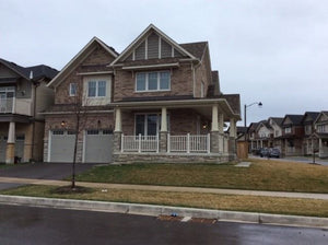 176 Sharavogue Ave' Oshawa' Ontario L1L0E1 <br>MLS® Number: E4454582<br>For Sale: $879'900<br>Bedrooms: 4
