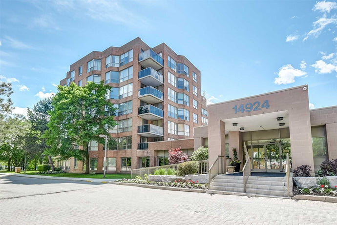 14924 Yonge St #511' Aurora' Ontario L4G1M7 <br>MLS® Number: N4488293<br>For Sale: $649'000<br>Bedrooms: 2