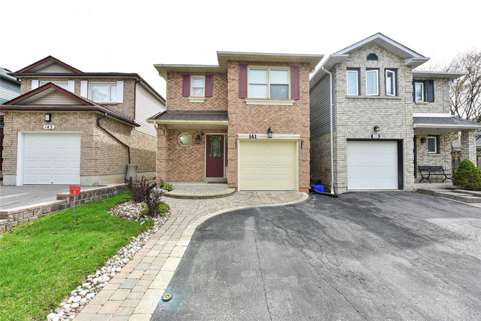 141 Adele Cres&sbquo; Oshawa&sbquo; Ontario L1J7X7 <br>MLS® Number: E4454766<br>For Sale: $569&sbquo;000<br>Bedrooms: 3