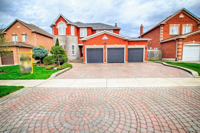 31 Eyer Dr&sbquo; Markham&sbquo; Ontario L6C1T8 <br>MLS® Number: N4400240<br>For Sale: $1&sbquo;598&sbquo;000<br>Bedrooms: 4