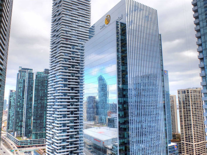12 York St #2611' Toronto' Ontario M5J0A9 <br>MLS® Number: C4567826<br>For Sale: $609'900<br>Bedrooms: 1