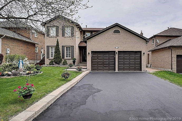 110 Crawford Rose Dr&sbquo; Aurora&sbquo; Ontario L4G4R9 <br>MLS® Number: N4452895<br>For Sale: $998&sbquo;888<br>Bedrooms: 4