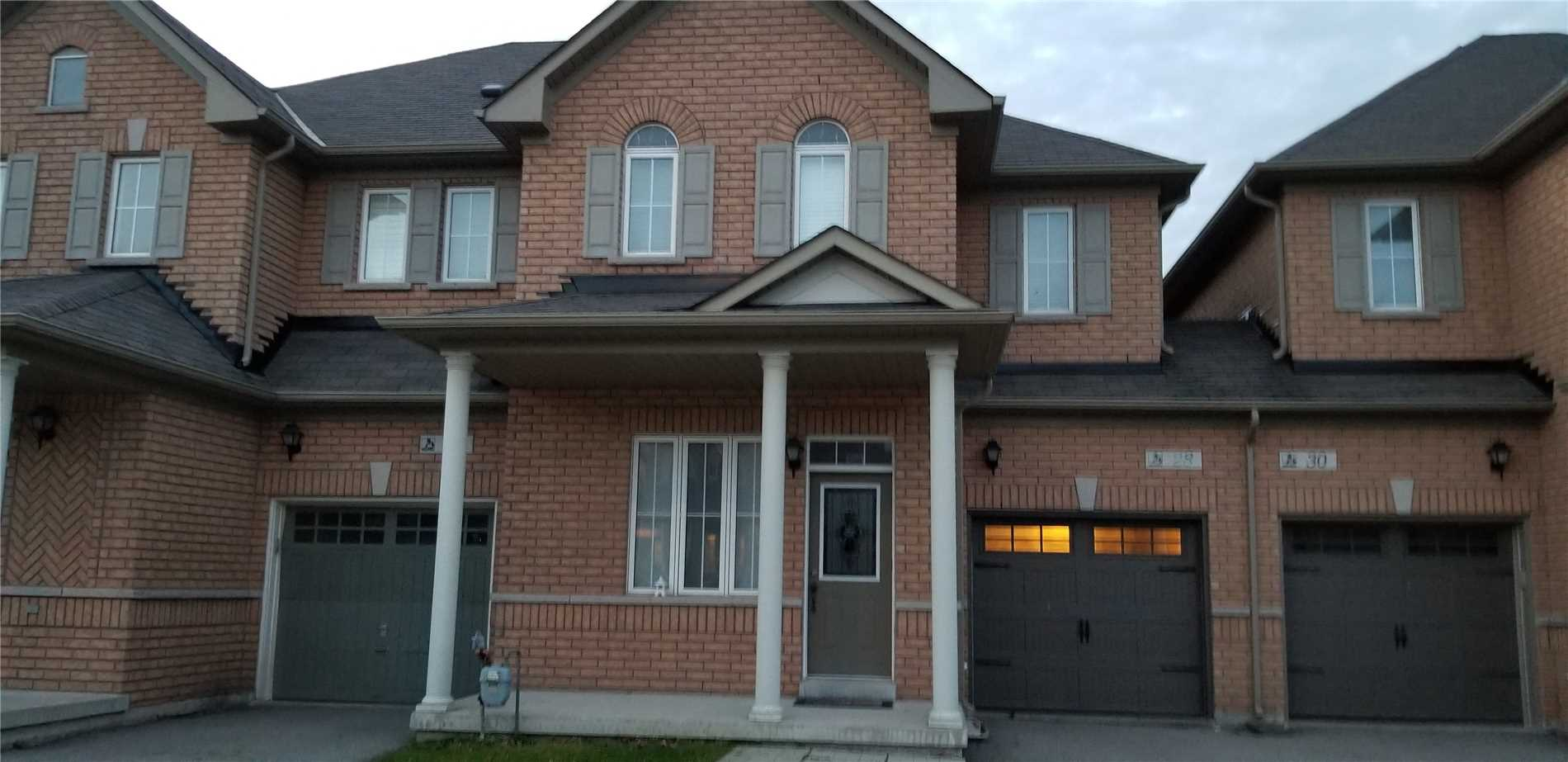 28 Millwright Ave' Richmond Hill' Ontario L4E5A8 <br>MLS® Number: N4462752<br>For Sale: $829'000<br>Bedrooms: 3