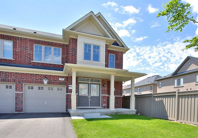 63 Chouinard Way' Aurora' Ontario L4G1B7 <br>MLS® Number: N4541764<br>For Sale: $779'888<br>Bedrooms: 3