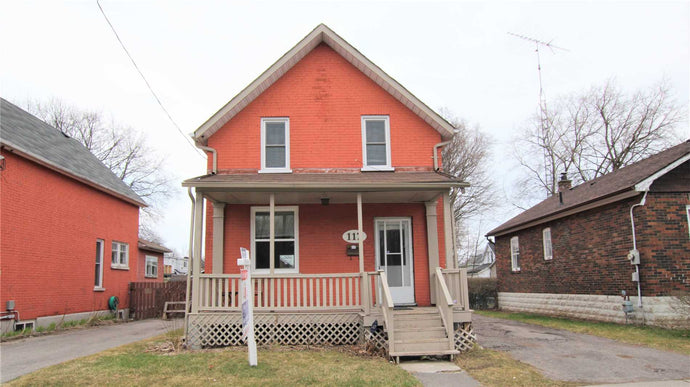 117 Stacey Ave&sbquo; Oshawa&sbquo; Ontario L1H2J2 <br>MLS® Number: E4404018<br>For Sale: $339&sbquo;900<br>Bedrooms: 3