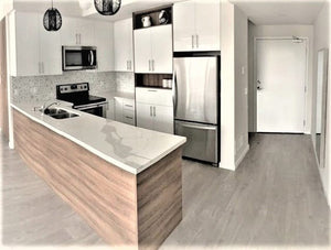 200 Alex Gardner Circ #36&sbquo; Aurora&sbquo; Ontario L4G 3G5 <br>MLS® Number: N4547127<br>For Sale: $718&sbquo;000<br>Bedrooms: 2