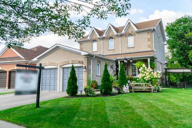 970 Glenbourne Crt' Oshawa' Ontario L1K2P8 <br>MLS® Number: E4566433<br>For Sale: $649'900<br>Bedrooms: 3