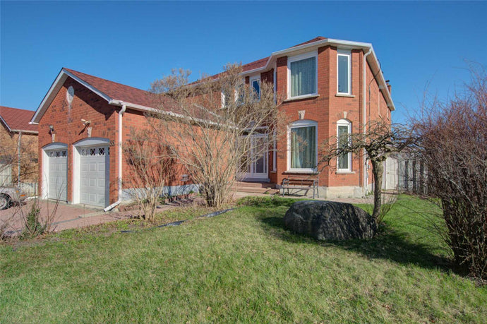 55 Randall Ave&sbquo; Markham&sbquo; Ontario L3S1H5 <br>MLS® Number: N4446189<br>For Sale: $1&sbquo;290&sbquo;888<br>Bedrooms: 4
