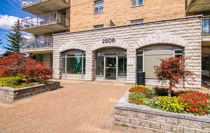 2506 Rutherford Rd #119' Vaughan' Ontario L4K5N4 <br>MLS® Number: N4570059<br>For Sale: $679'000<br>Bedrooms: 2