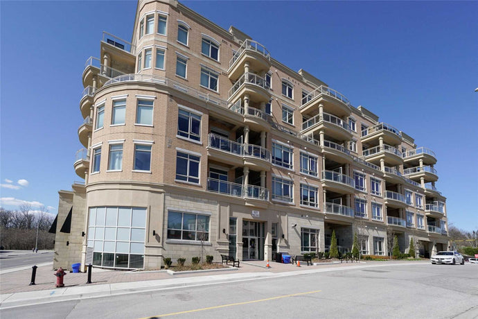 15277 Yonge St #408B&sbquo; Aurora&sbquo; Ontario L4G1Y3 <br>MLS® Number: N4442407<br>For Sale: $399&sbquo;000<br>Bedrooms: 1