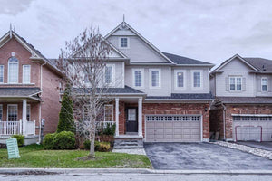 63 Turnbridge Rd' Aurora' Ontario L4G7S7 <br>MLS® Number: N4455535<br>For Sale: $1'128'800<br>Bedrooms: 4