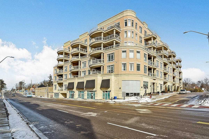 15277 Yonge St #405&sbquo; Aurora&sbquo; Ontario L4G1N6 <br>MLS® Number: N4392354<br>For Sale: $569&sbquo;000<br>Bedrooms: 2