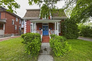 70 Nelson St W&sbquo; Brampton&sbquo; Ontario L6X1C5 <br>MLS® Number: W4452665<br>For Sale: $799&sbquo;900<br>Bedrooms: 4