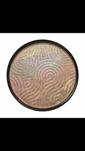 Shade Shifting Highlighter