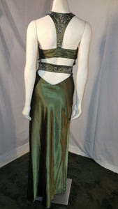 Green long dress, back view, sleeveless, halter neck, rhinestone, open back,  zipper