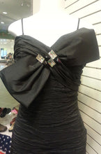 Black, short dress, zoom front view, sleeveless, bow with rhinestone, zipper