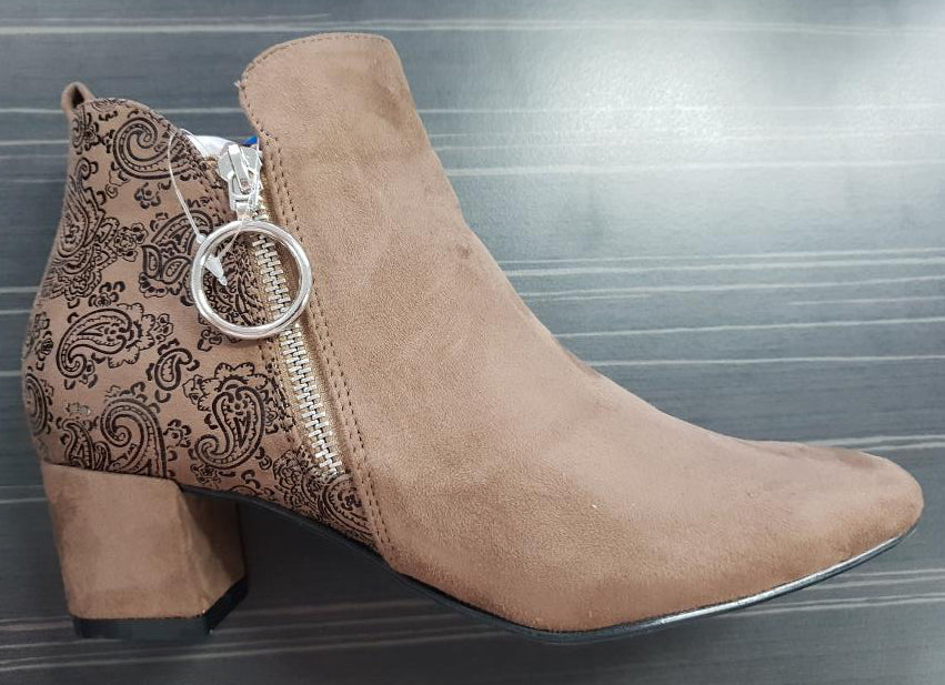 HESTA ANKLE BOOT