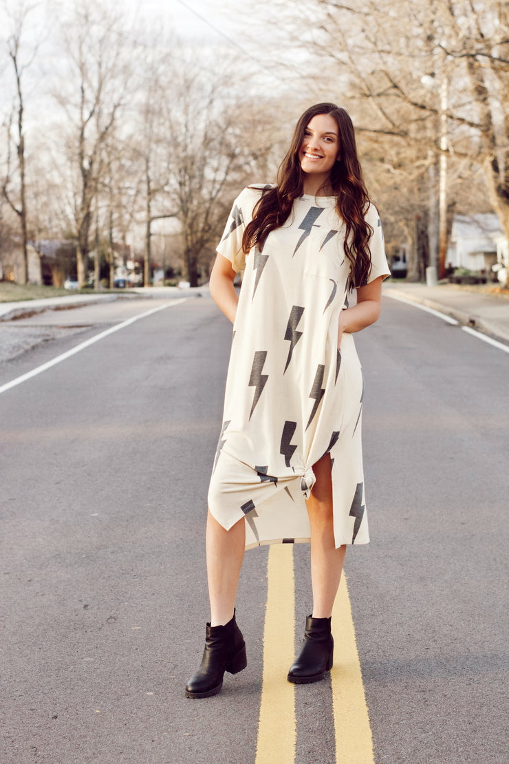 Short Sleeve Lightning Print Maxi Dress