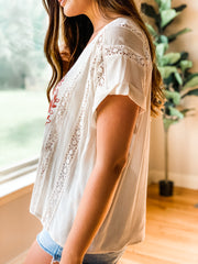 Cream Lace Trimmed Gauze Top w/Brick Floral Embroidery