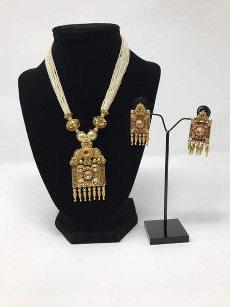 Matte Polish Khakhu Moti Jewelry Set