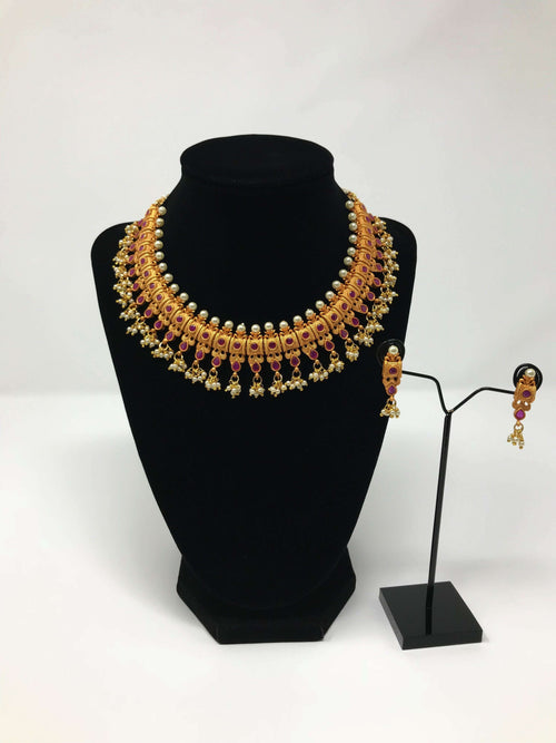 Temple Neck Fitting Jewelry Set
