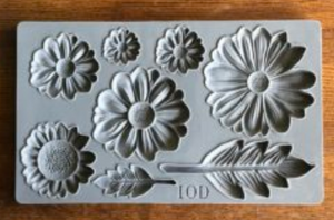 HE LOVES ME 6×10 DECOR MOULDS™ - The Weathered Shed