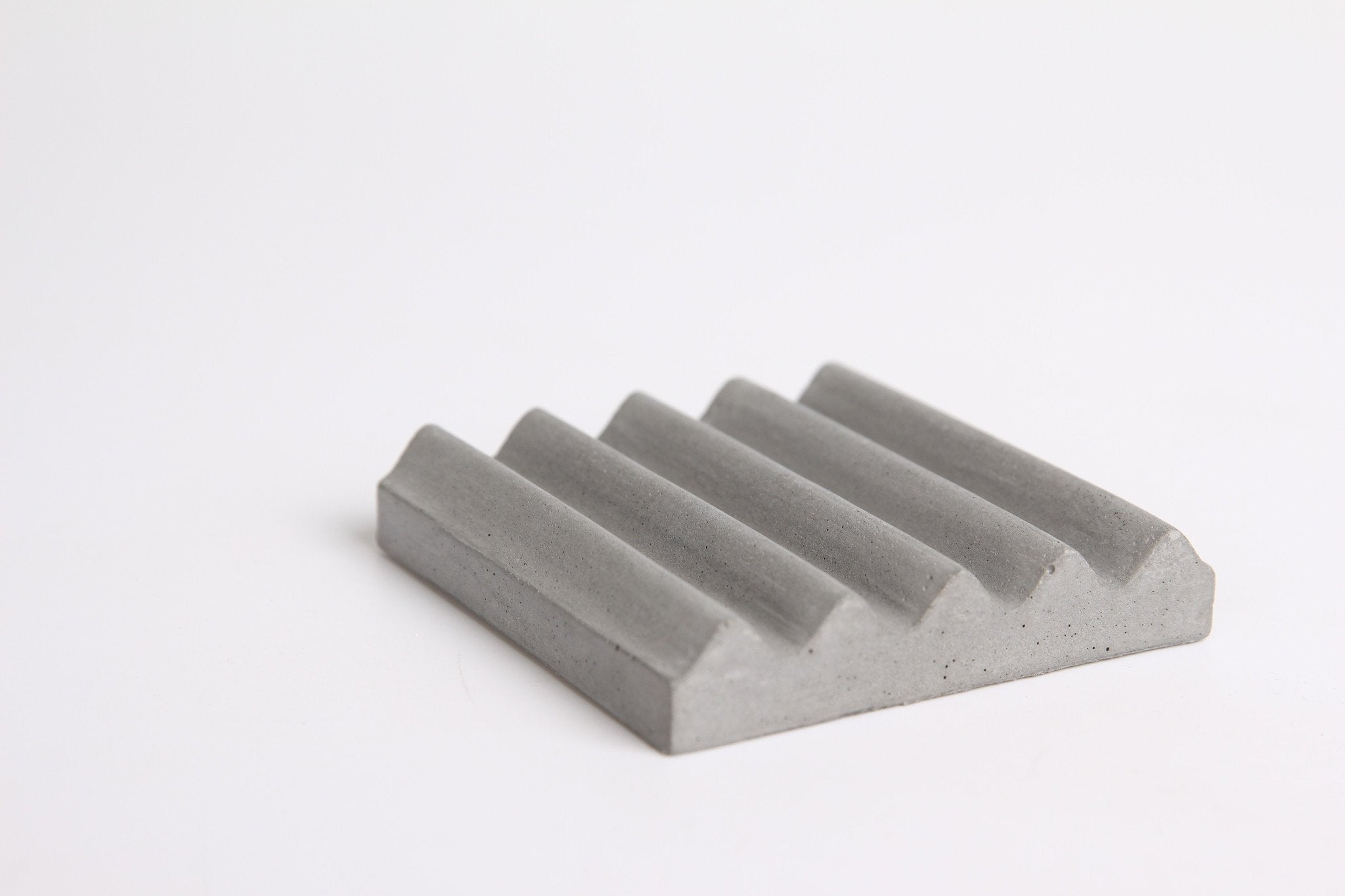 Mr Wave Concrete Pen Holder