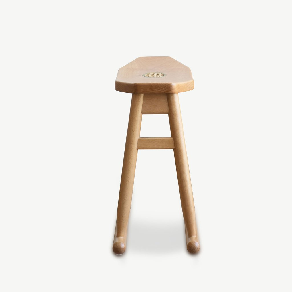 JIA JU Rocking Stool Natural Beech