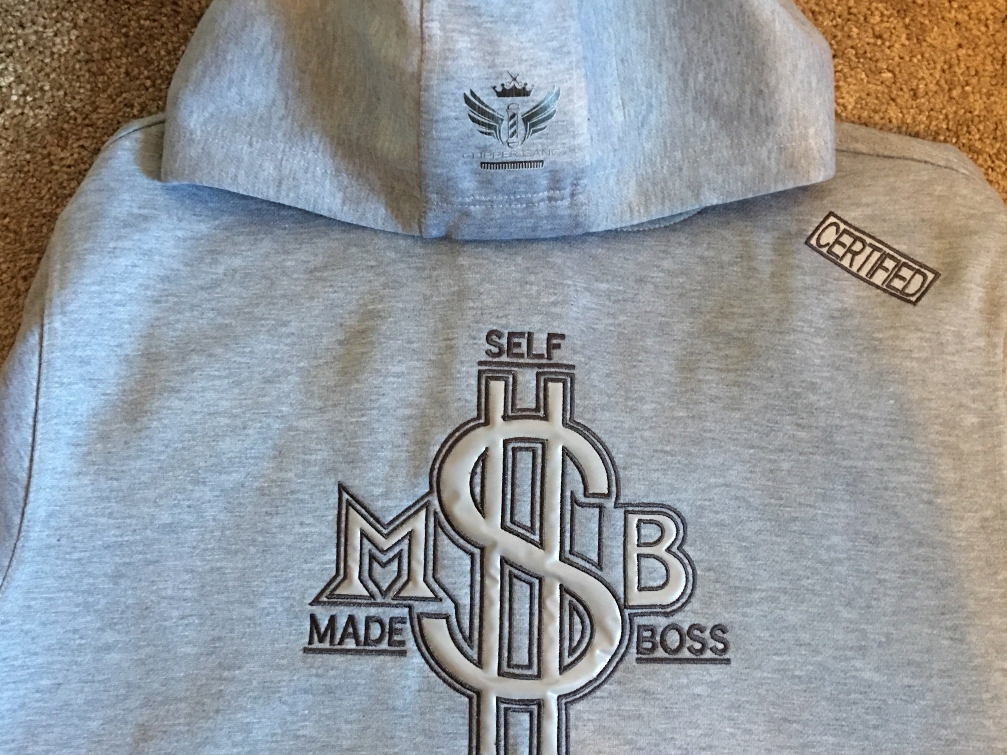 37827491f Self made boss hoodie – Clippergang apparel