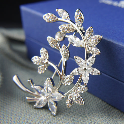18k white Gold GF with Swarovski crystals leaf filigree brooch pin