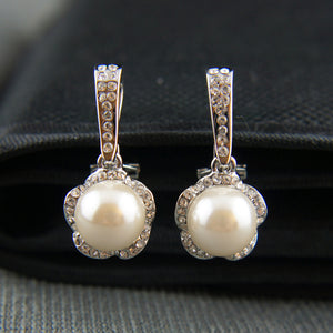 18k white Gold GF with Swarovski crystals dangle pearls earrings