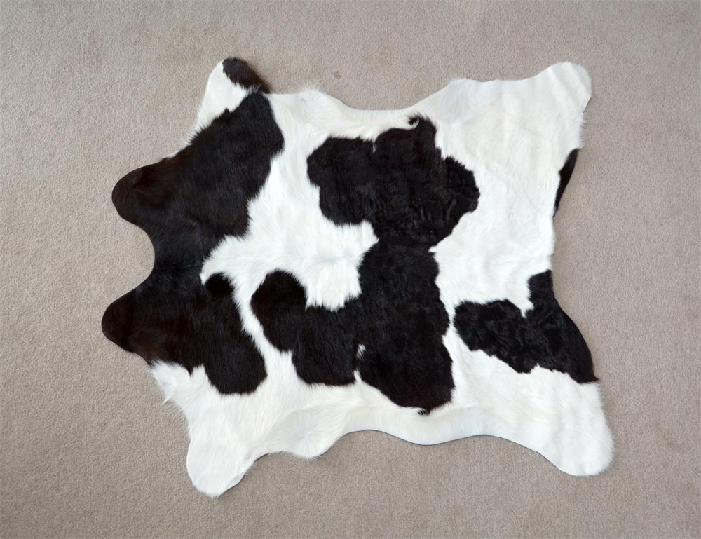 Calfskin Rug Warm Black and White