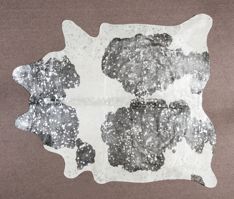 COW3606 Metallic Silver, Black & White Cowhide Rug 4.10msq