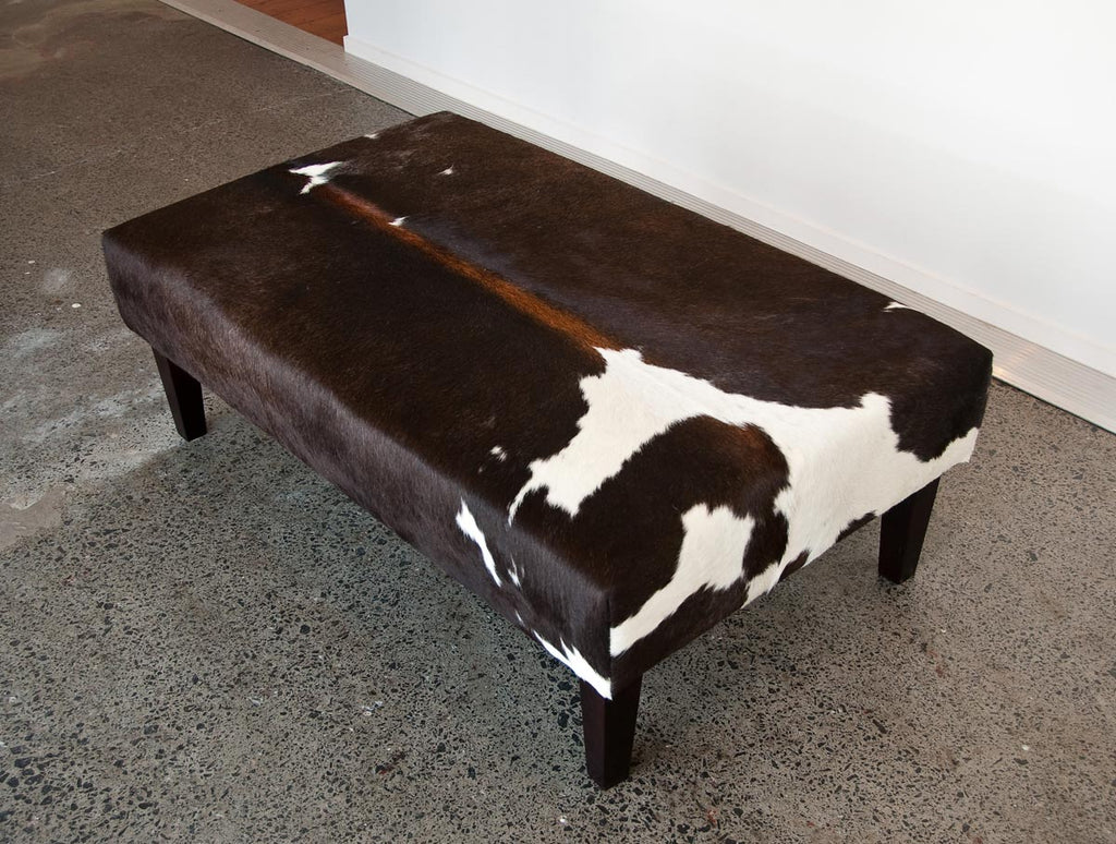 Cowhide Ottoman with Wood Legs 120x70x40cm