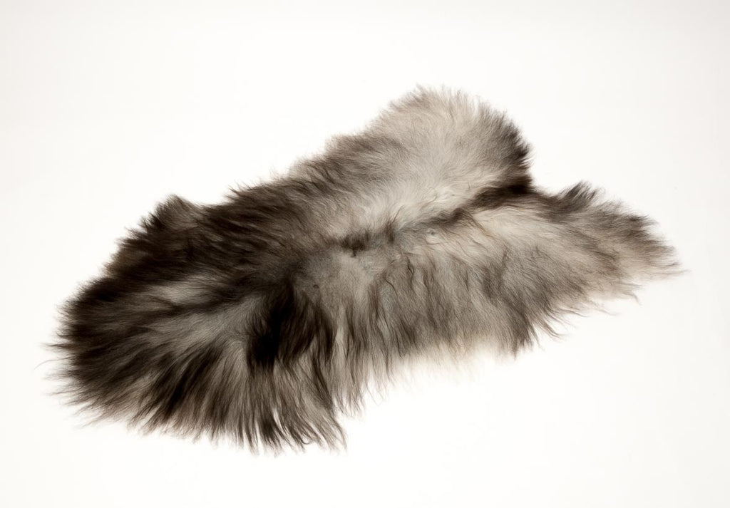 Icelandic Sheepskin #001 - Natural smokey silver grey