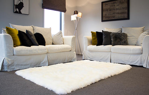 Image of Ivory Wool Rectangle Sheepskin Rug – 120cm x 180cm