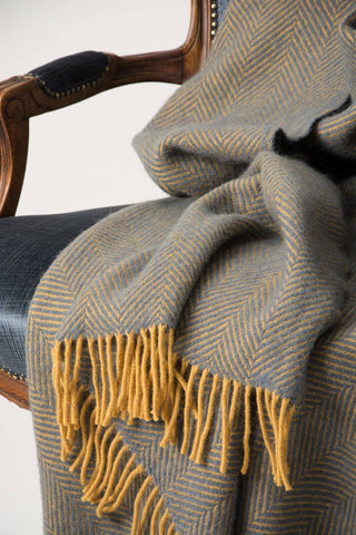 Image of Warwick Shetland Wool Throw Blanket - Lerwick Navy