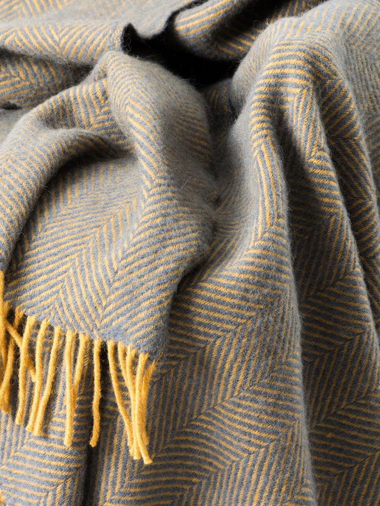 Warwick Shetland Wool Throw Blanket - Lerwick Navy