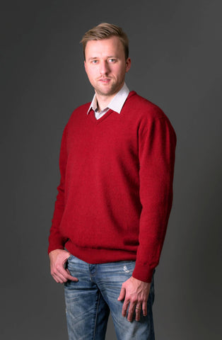 Men's possum merino wool knit sweater red