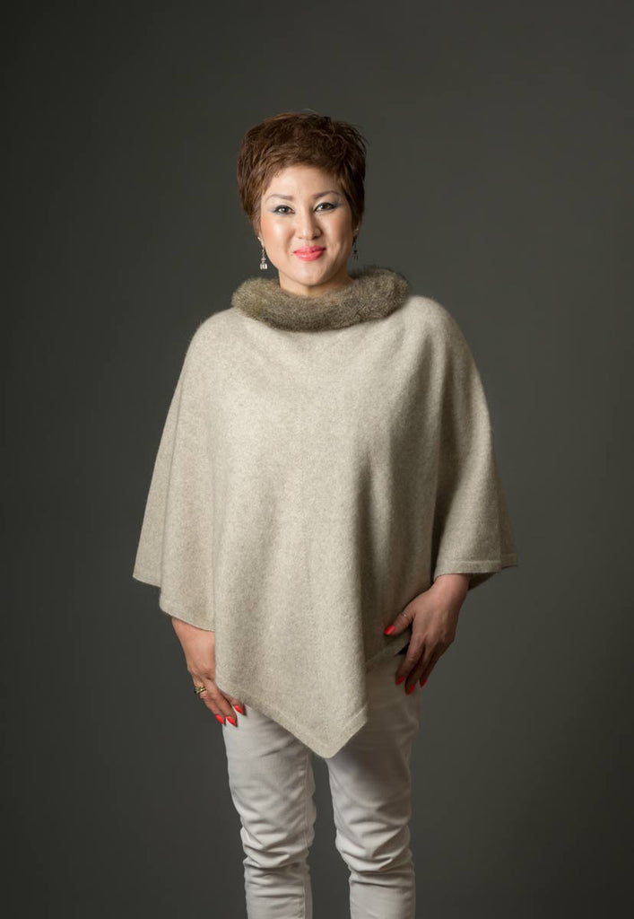 Native World Natural Women's Fur Trim Poncho Cape - NB686