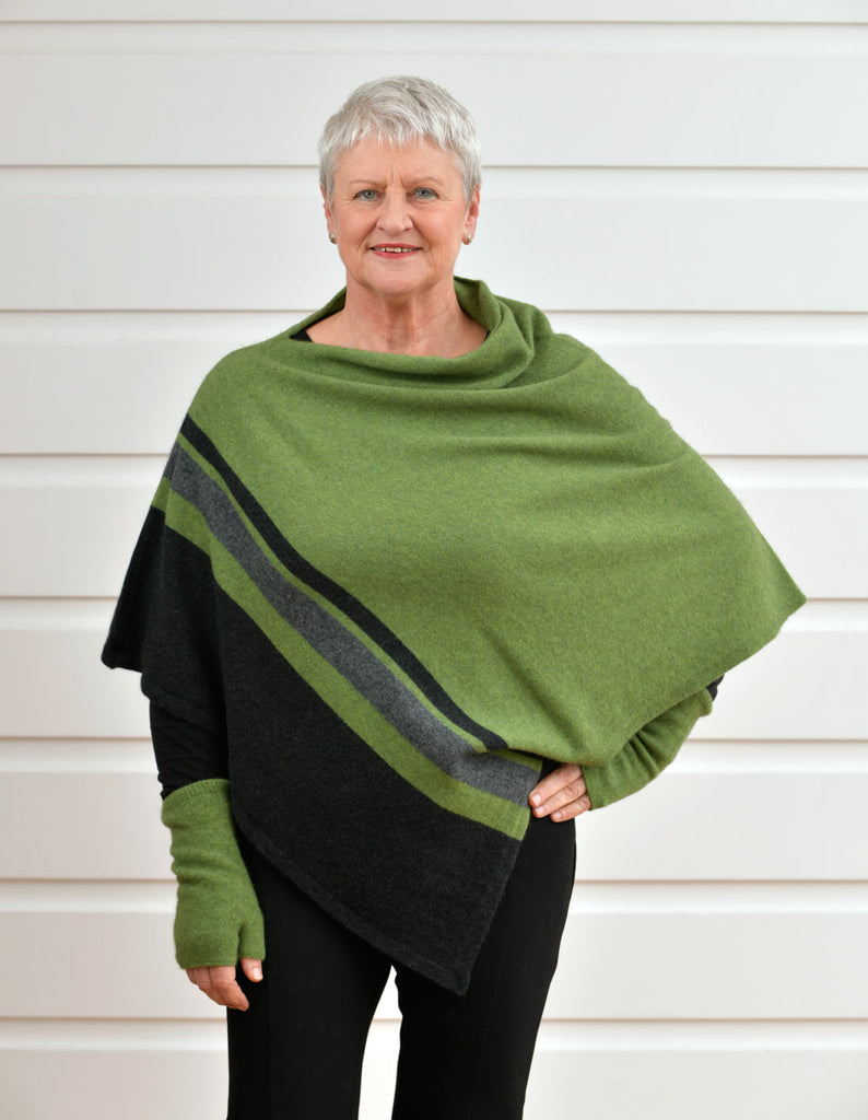 Native World Green Women's 3 Tone Wrap Possum Merino - NE732