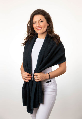 Ocean Women's Pebble Wrap Scarf in Possum Merino - NE802