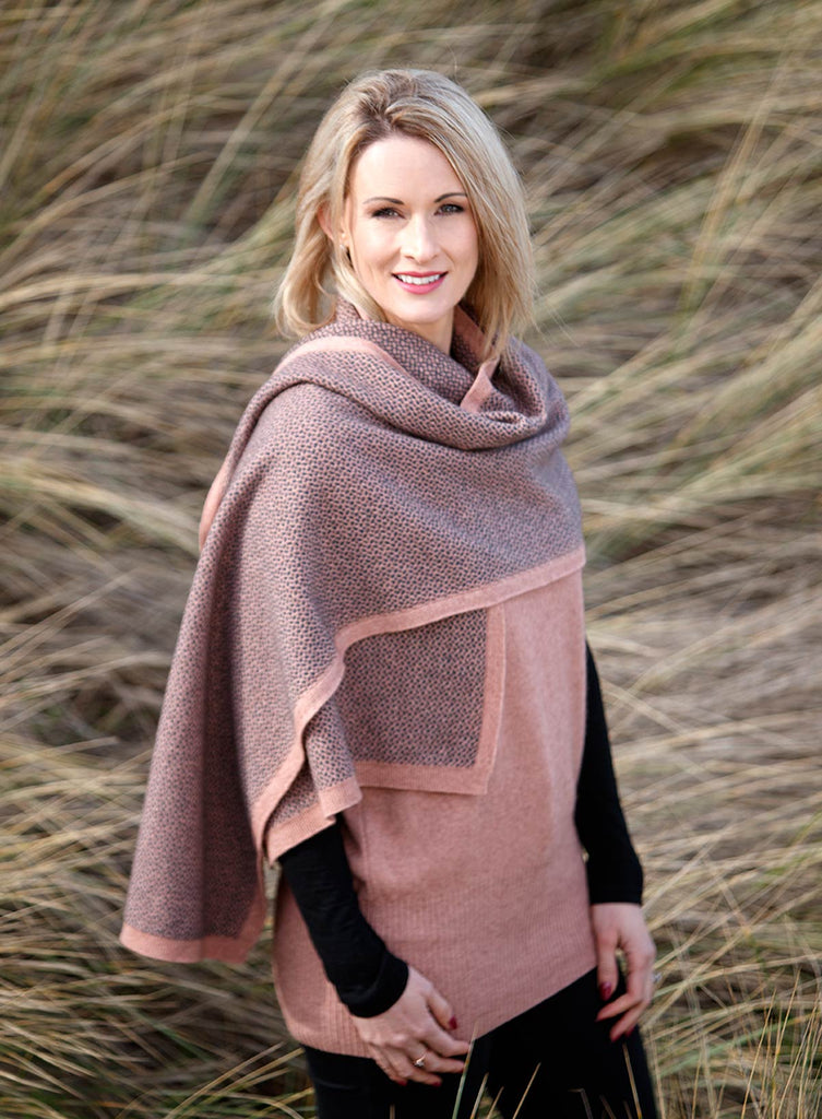 Pearl Pink Women's Pebble Wrap Scarf in Possum Merino - NE802