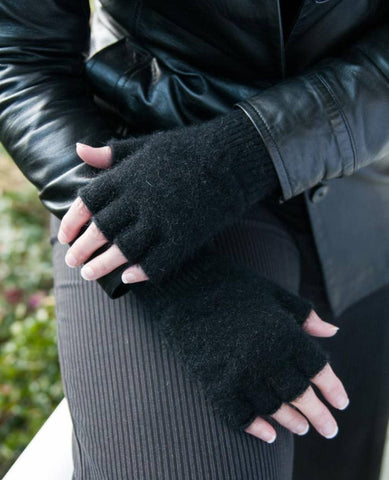 Black Unisex Fingerless Gloves Possum Merino Wool - NX103