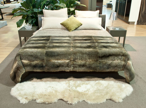 Natural Grey Possum Fur Bed Footer