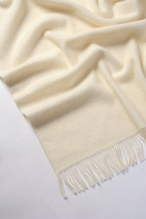 Nevis Lambswool Throw Blanket - Vanilla Snow
