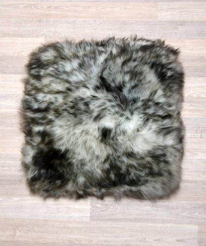 Small square sheepskin pet bed in ivory grey tips